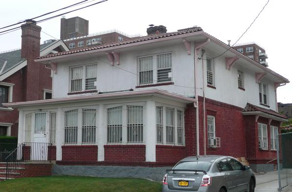 Architectural Masterpiece 50`x100` 4 Bedroom house for sale Forest Hills